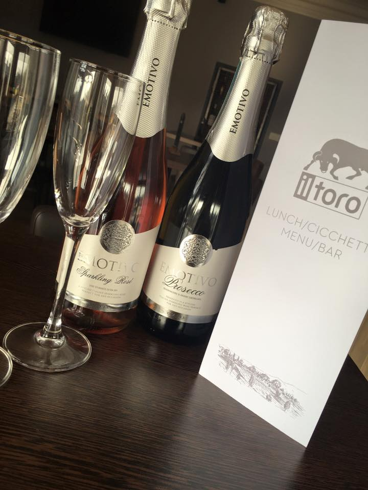 2 for 1 Prosecco (Thurs & Fri)